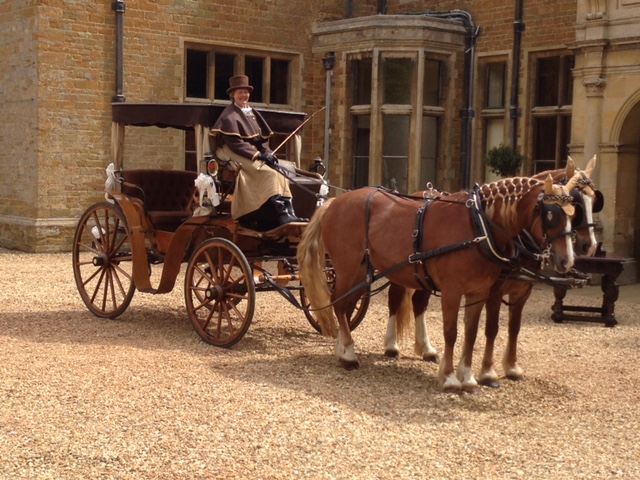 Horse-drawn 'Sociable Carriage' for weddings, proms, corporate events in Northamptonshire
